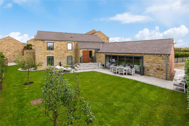 Picture No. 34 of Holly Farm, Warmfield Lane, Warmfield, Wakefield WF1