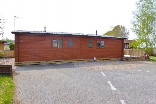 Thumbnail Mobile/park home for sale in Hull Road, Wilberfoss, York