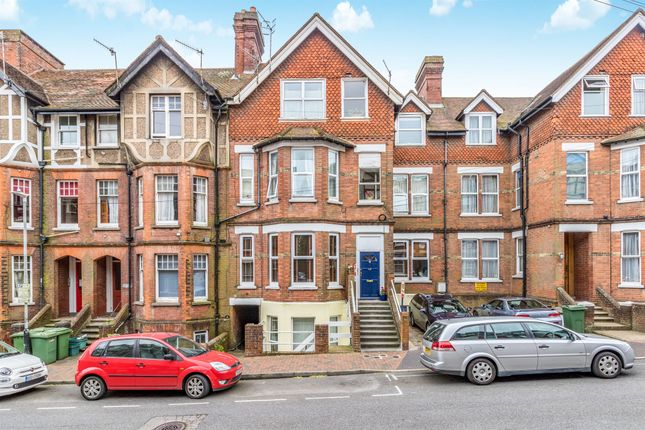Thumbnail Flat for sale in Lime Hill Road, Tunbridge Wells
