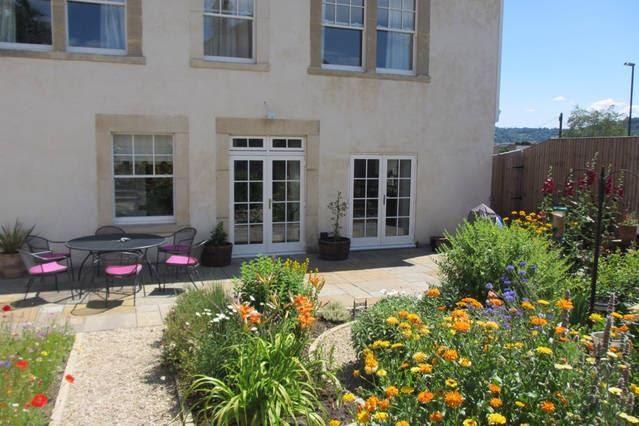 Thumbnail Detached house to rent in Park Lane, Bath