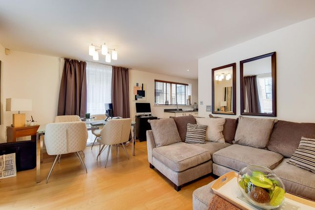 1 bed flat to rent in Candlemakers, Battersea SW11