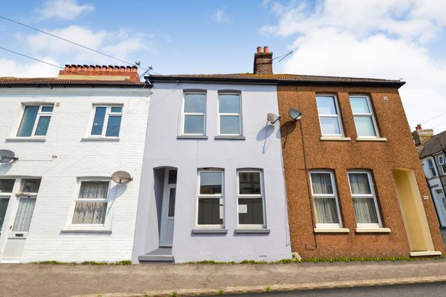 Thumbnail Property to rent in Leopold Road, Bexhill On Sea