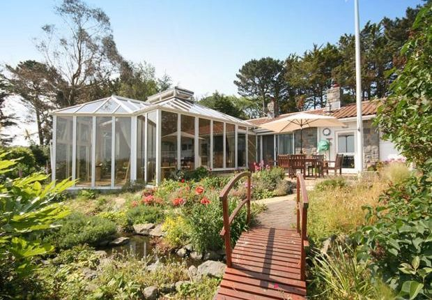 Thumbnail Detached bungalow for sale in La Rue Du Hamel, Castel, Guernsey