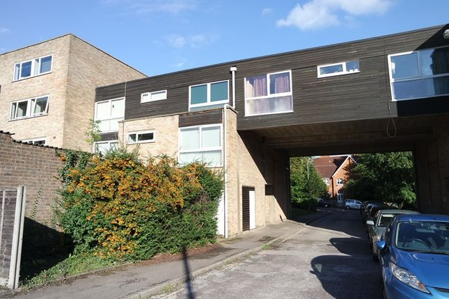 Thumbnail Flat to rent in Sutherland Close, Barnet