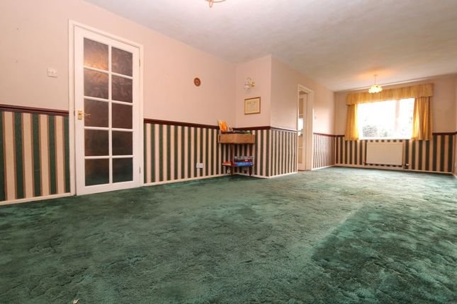 Thumbnail Terraced house for sale in St. Johns Drive, Hyde