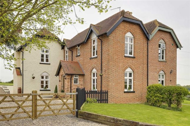 Thumbnail Property for sale in Clay End, Walkern, Stevenage