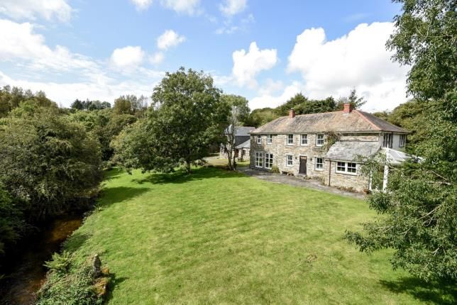Detached House For Sale In Camelford Cornwall