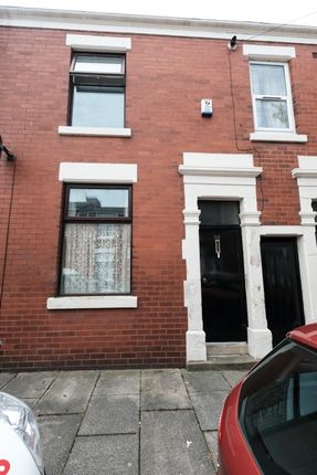 Thumbnail Flat to rent in Norris Street, Preston