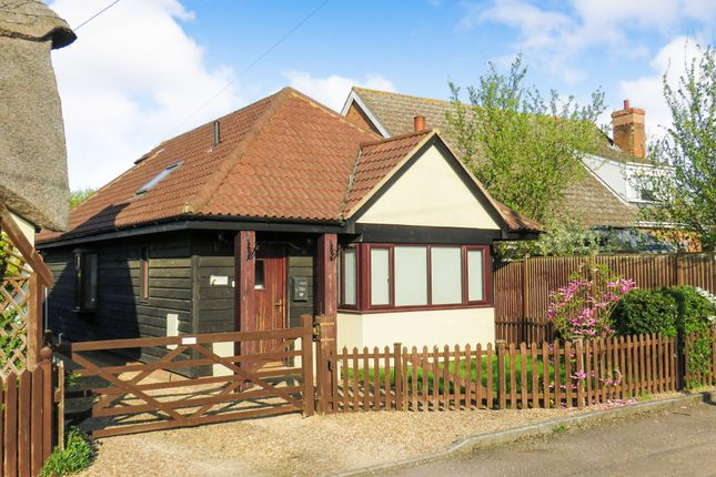 Thumbnail Bungalow for sale in Ivy Lane, Wilstead, Bedford