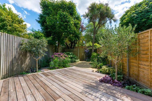 Thumbnail Property to rent in Bridgman Road, Chiswick, London