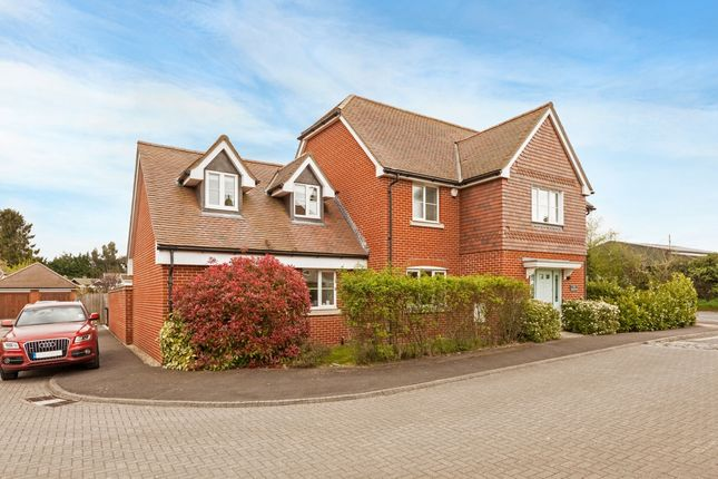 Thumbnail Flat to rent in Orchard End, Chieveley, Newbury