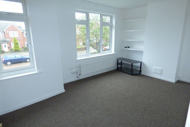 Thumbnail Flat to rent in Murrayfield Road, Newcastle Upon Tyne