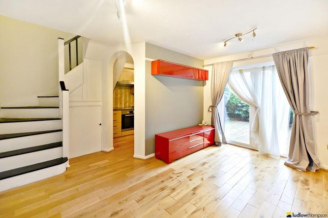 Thumbnail Terraced house to rent in Alestan Beck Road, London