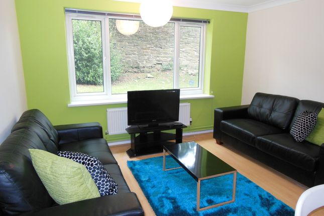 3 Bed Flat To Rent In Tapton House Road Sheffield S10