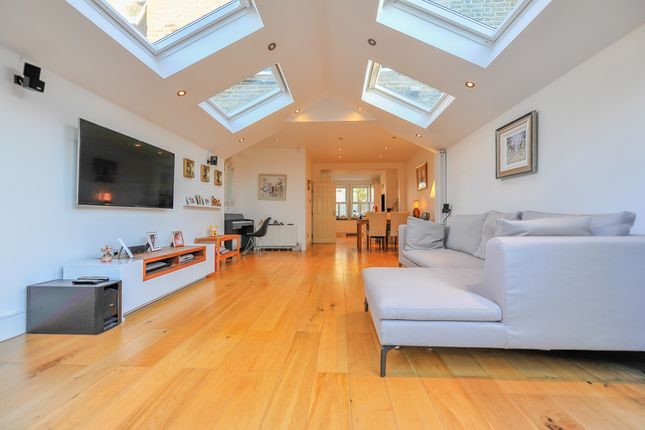 3 bed terraced house to rent in Florence Road, Wimbledon