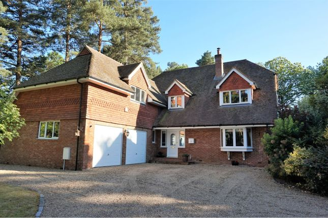 Thumbnail Detached house for sale in West Hill Gardens, Fleet