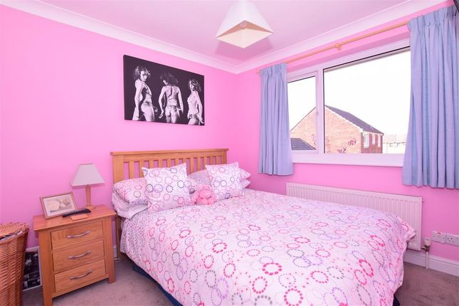 Bedroom 1 of Seven Acres, New Ash Green, Longfield, Kent DA3