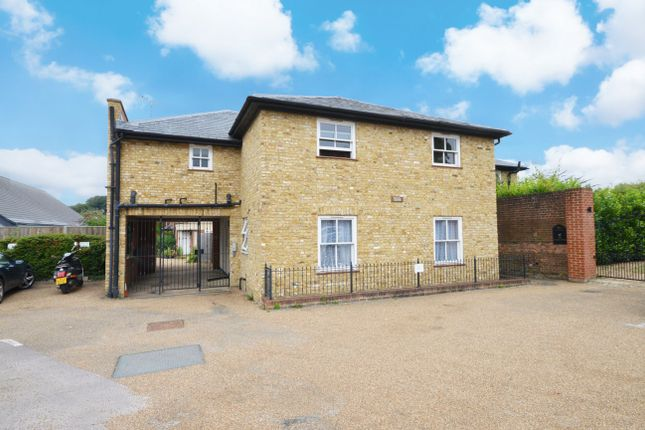 Flat for sale in Royal Mews, Godalming