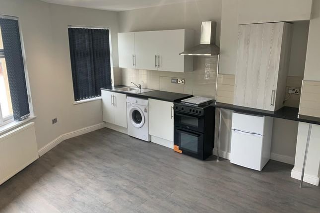 1 bed flat to rent in Steppingstone Street, Dudley DY1