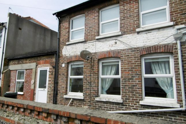 Thumbnail Property to rent in Latimer Road, Eastbourne