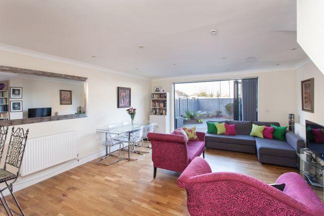 Thumbnail Detached house for sale in Bridle Path, Beddington, Croydon
