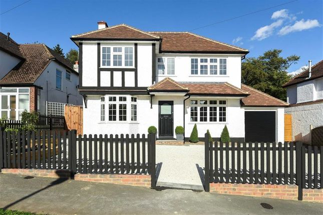 4 bed detached house for sale in Hill Rise, Rickmansworth
