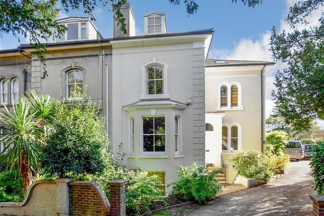 Thumbnail Town house for sale in Wallands Crescent, Lewes, East Sussex