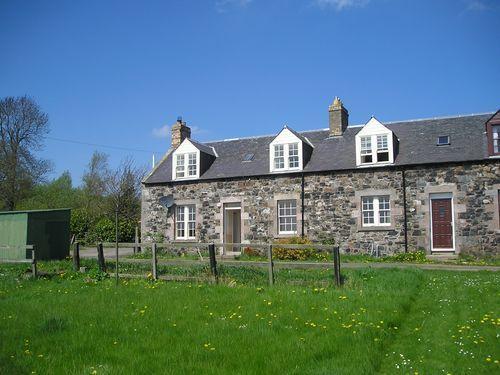 3 bedroom property to rent in Mellerstain Cottages, Gordon