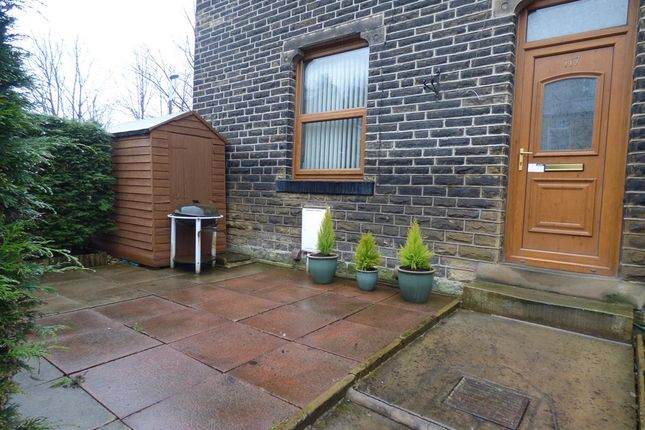 3 bed end terrace house to rent in Armitage Road, Milnsbridge, Huddersfield