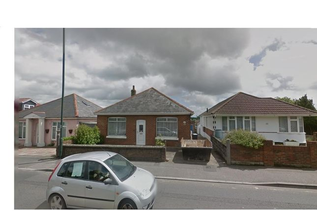 Thumbnail Bungalow to rent in Kinson Road, Bournemouth