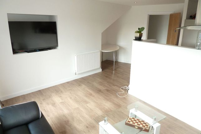 Thumbnail Shared accommodation to rent in Quailty Apartment - St Mary's House, London Road, Sheffield
