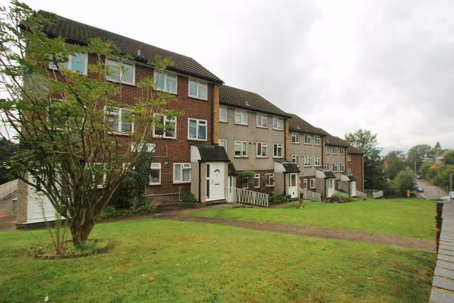 Thumbnail Maisonette to rent in Desborough House, High Wycombe