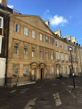 Thumbnail Maisonette to rent in Duke Street, Bath