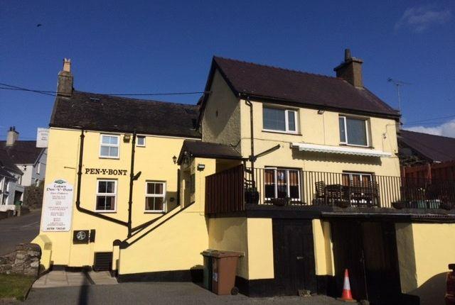 Thumbnail Property for sale in Tafarn Pen Y Bont, Sarn, Pwllheli, Gwynedd