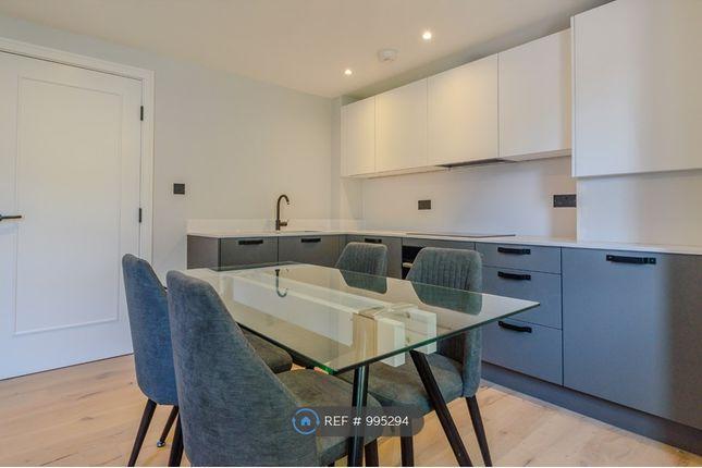 Thumbnail Flat to rent in Glenhaven Avenue, Borehamwood