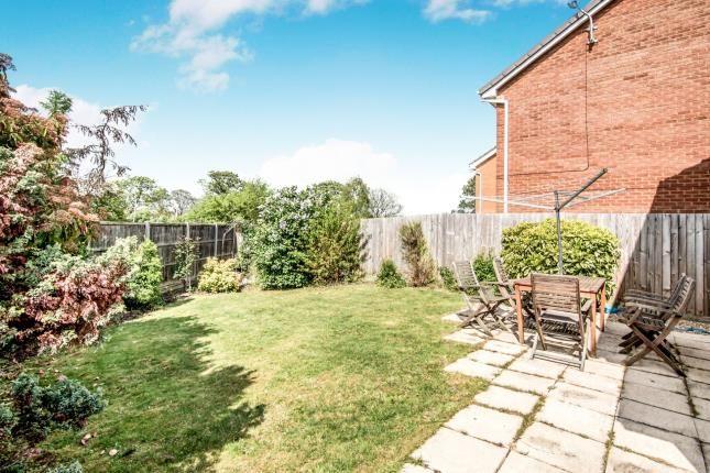 Garden of Hillesden Avenue, Bedford, Bedfordshire MK42