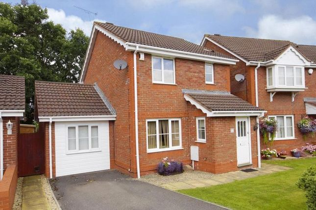 Thumbnail Property for sale in St. Saviours Rise, Frampton Cotterell, Bristol