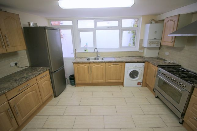 Thumbnail Duplex to rent in Katherine Road, London