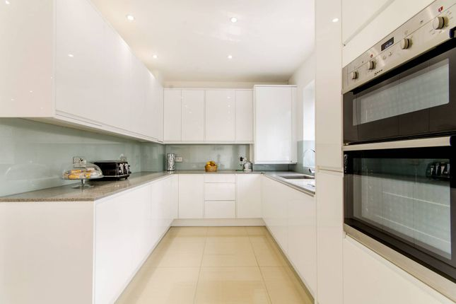 Thumbnail Property for sale in Winchmore Hill Road, Winchmore Hill