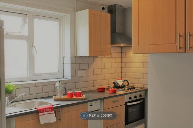Thumbnail Flat to rent in Redcroft Road, Greenford