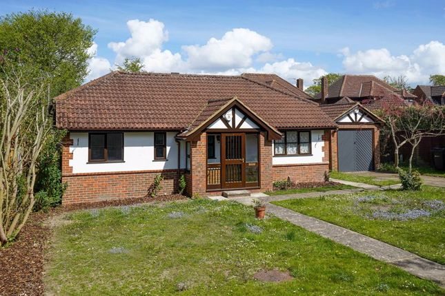 2 bed bungalow for sale in Polesden View, Bookham, Leatherhead KT23
