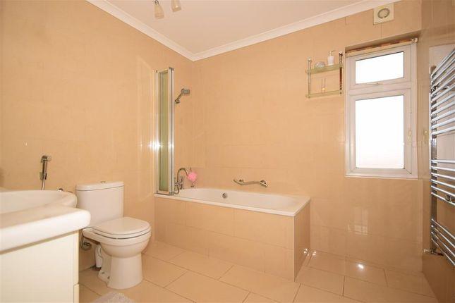 Bathroom of Ellesmere Close, London E11