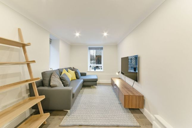 Thumbnail Flat for sale in St James Court, Bethnal Green Road, London