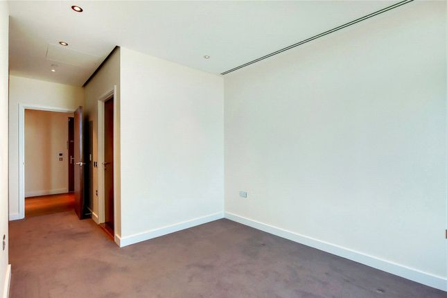 Picture No. 08 of Arora Tower, 2 Waterview Drive, London SE10