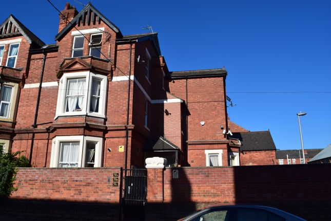 Thumbnail Shared accommodation to rent in Burford Road, Nottingham