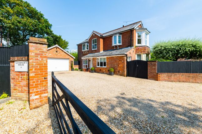 Thumbnail Detached house for sale in Lockhams Road, Curdridge, Southampton