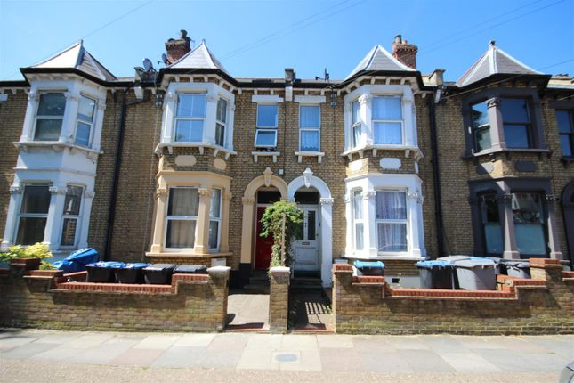 4 bed flat for sale in Wendover Road, London NW10