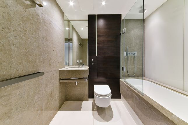 Bathroom of East Tower, Pan Peninsula, Canary Wharf E14