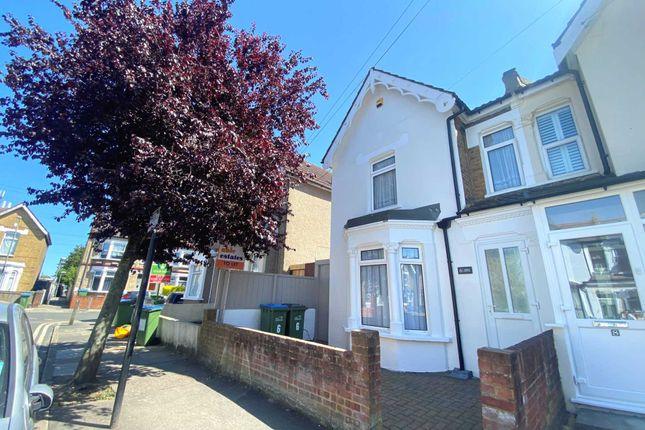 Thumbnail Property to rent in Abbey Grove, London