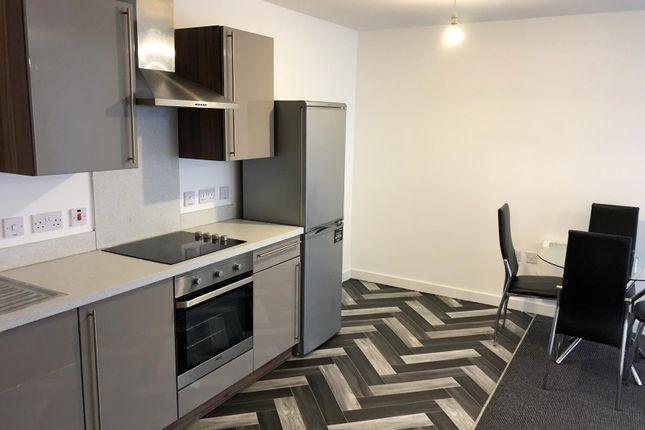 Thumbnail 3 bed flat to rent in Irwell Building Lowry Wharf, Derwent Street, Salford